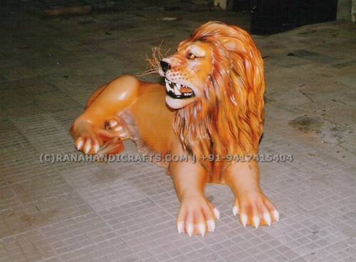 Lion-Sculpture