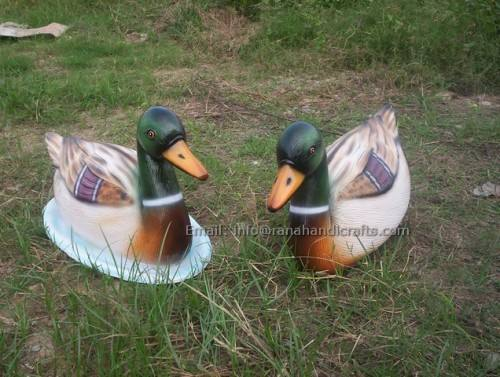 duck-sculpture