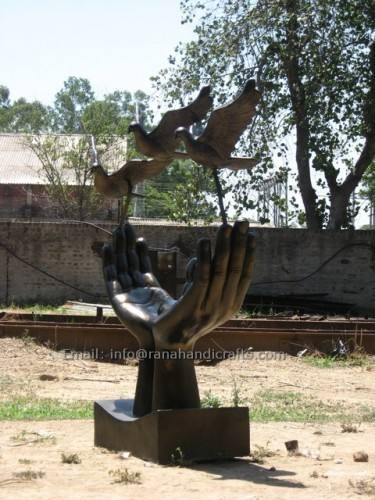 freedom sculpture