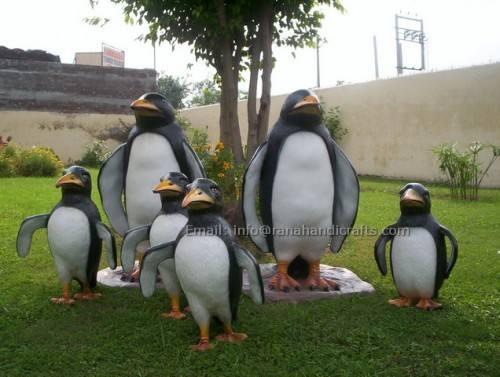 penguins-sculpture