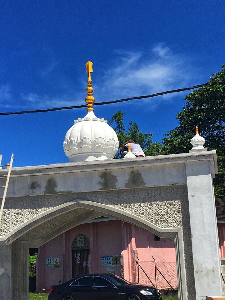 Dome installed at Gurdwara Sahib Kampar Perak (Malaysia)