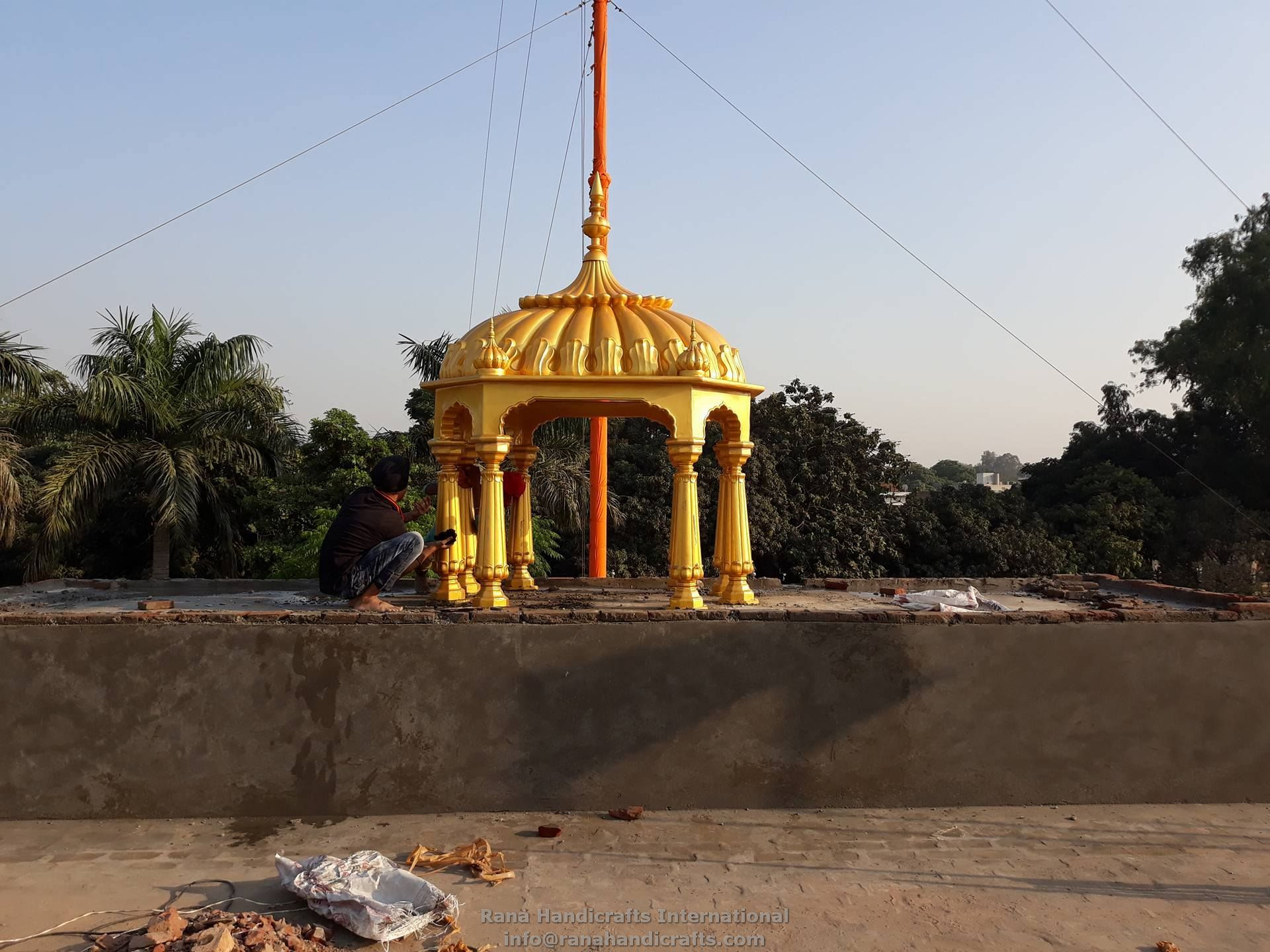 Finalizing the installation of Central Palki Sahib